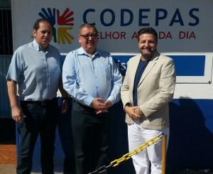 Na foto, o Diretor Operacional João Eloi Costa, o Presidente Tadeu Karzenski e o Diretor de Administração e Finanças Dimas Froner.